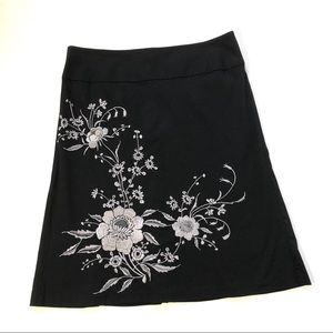 Bandolino Black Stretch A Line Embroidered Skirt